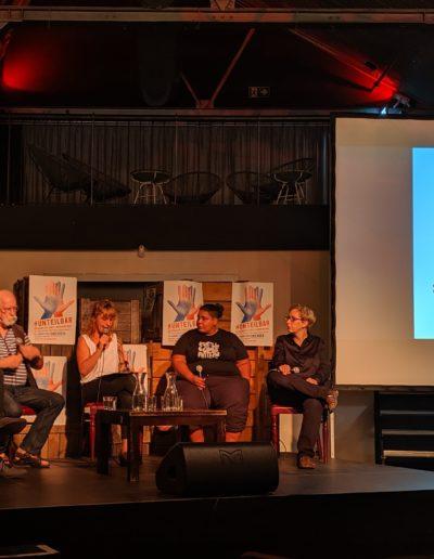 """Diskussion """"unteilbare Kämpfe in Ostdeutschlan, Berlin am 8.8.2019, CC-BY 4.0 unteilbar.org"""