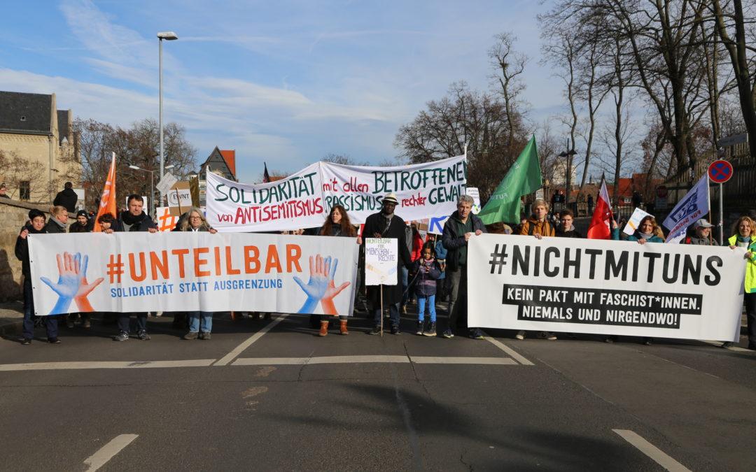 Großdemo gegen Tabubruch in Thüringen: Zivilgesellschaft verstärkt den Druck mit mehr als 18000 Demonstrant*innen bei #nichtmituns